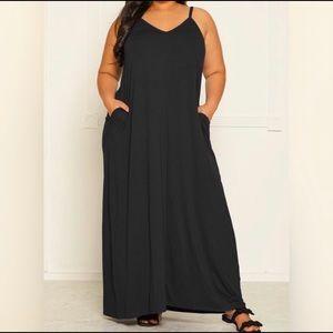 Plus Size Basic Sleeveless Maxi Dress